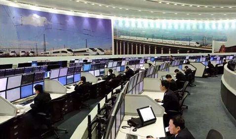 柏克超大功率模块化ups电源入驻乌鲁木齐铁路调度中心
